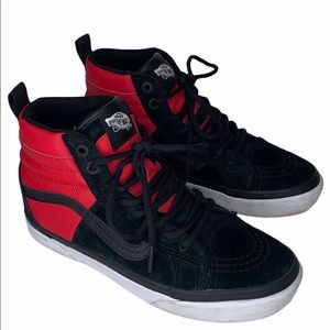 The North Face Vans M 6 or W 7.5 Red Black Sneaker